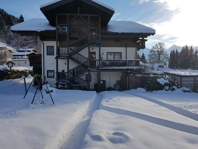 Appartementhaus Hollaus in Zell am See im Winter