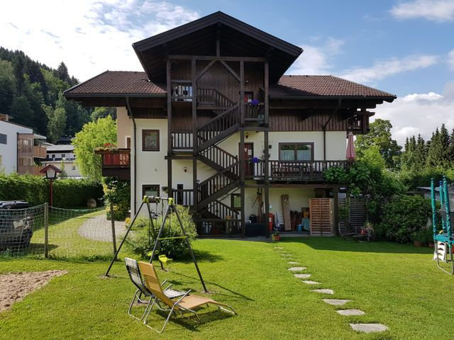 Appartementhaus Hollaus in Zell am See im Sommer